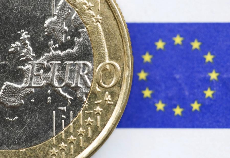 W drugim kwartale bieżącego roku zostaną przedstawione Ramy Strategiczne Narodowego Planu Wprowadzenia Euro, natomiast w 2011 roku Narodowy Plan Wprowadzenia Euro - poinformował podczas konferencji Polska droga do euro wiceminister finansów Ludwik Kotecki.