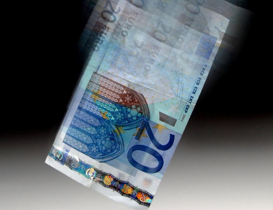 Euro potrafi też spadać...