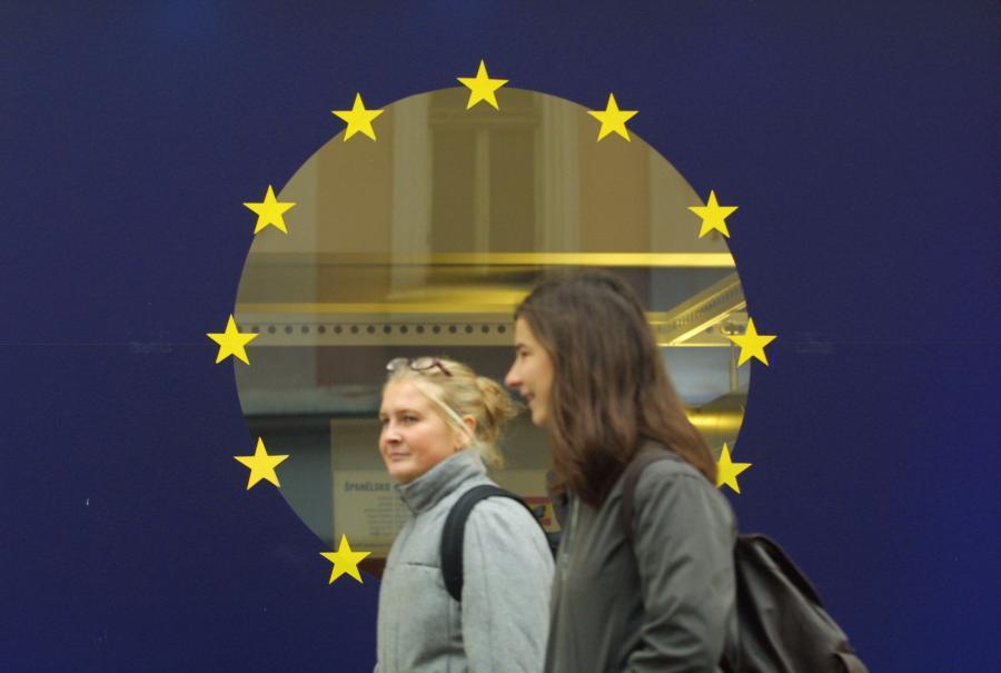 Najpóźniej w 2011 roku państwa członkowskie UE muszą zacząć ograniczać deficyty budżetowe