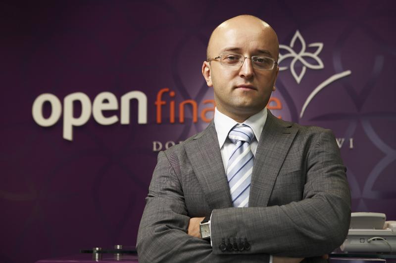 Mateusz Ostrowski analityk Open Finance