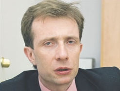 dr Paweł Kowalewski
