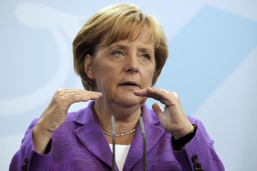 Kanclerz Niemiec Angela Merkel podyktowała warunki porozumienia w sprawie pomocy dla Grecji na szczycie UE w Brukseli i pomogła uchronić Wspólnotę od błędów - ocenia niemiecka prasa. Gazety ostrzegają też przed szkodą dla wizerunku Niemiec w Europie.
