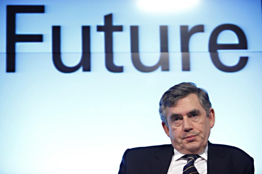 W 2010 roku brytyjski rząd zaciągnie pożyczki stanowiące równowartość 13 proc. dochodu narodowego, co jest rekordem w czasach pokojowych. Nz. premier Gordon Brown