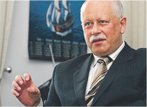 Piotr Styczeń, wiceminister infrastruktury, zapewnia, że do połowy grudnia będzie gotowy projekt ustawy, który umożliwi wykup mieszkań w TBS-ach na własność Fot. Wojciech Górski