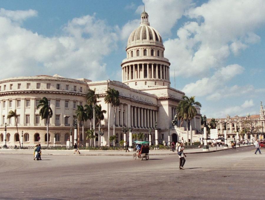 Barack Obama odwiedzi Kubę.