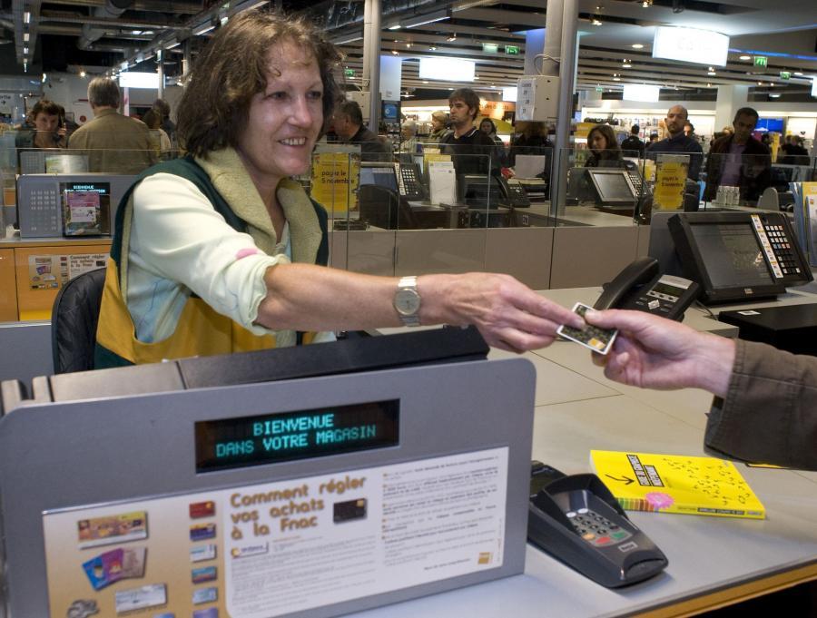 Szacuje się, że banki wydały już ponad 1 mln kart przedpłaconych