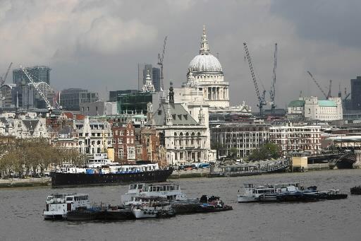 Katedra St.Paul w Londynie, widok od strony Tamizy. Fot. Bloomberg