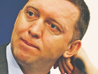 Oleg Deripaska chce wprowadzić swoją grupę aluminiową na giełdy w Hongkongu i Paryżu.