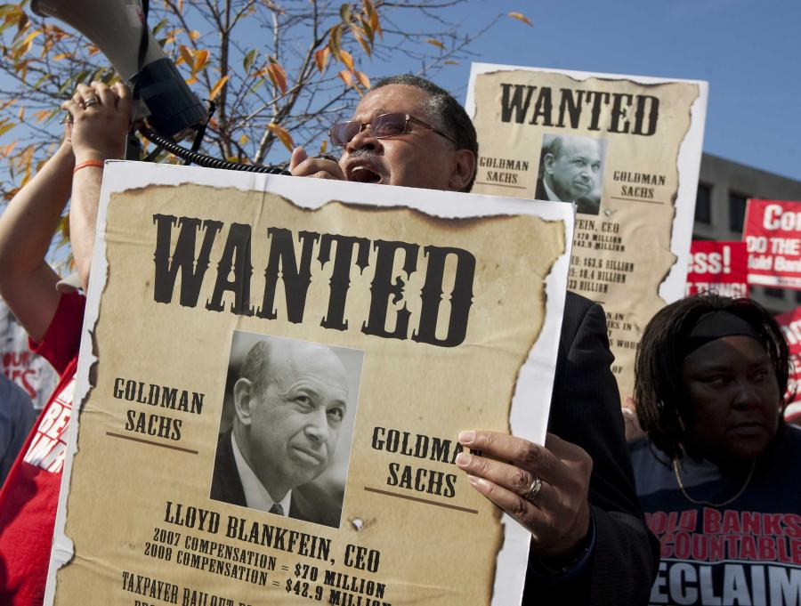 Protest przeciwko miliardowym premiom przyznanym przez Goldmana Sachsa swoim pracownikom