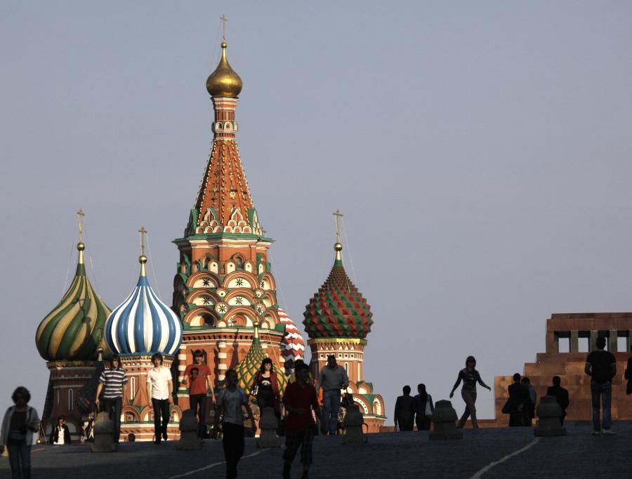 Moskwa lobbuje na rzecz budowy nowych mostów energetycznych i stawia w Kaliningradzie kolejne elektrownie.
