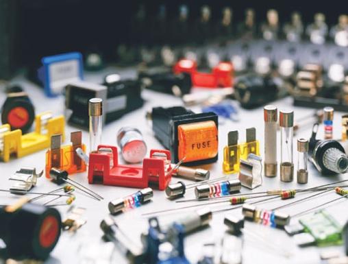 Producenci ulepszaczy, czyli drobnych elementów, które wpływają na działanie urządzeń, coraz bardziej się liczą w procesach wytwórczych na świecie.