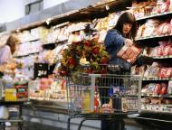 Ekonomości: zakaz handlu wpłynie na sprzedaż detaliczną, ale na konsumpcję mniej