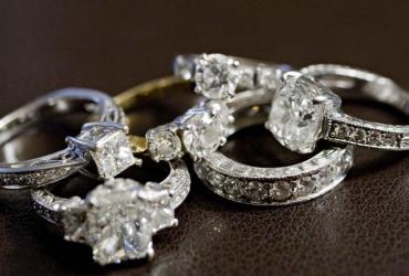 Diamenty i biżuteria