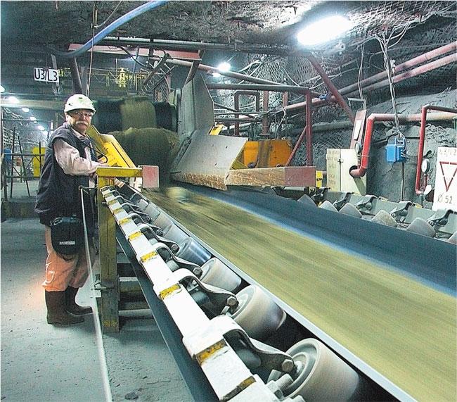 Podajnik, którym w Rudnej transportuje się urobek, ma 48 km. To główna arteria kopalni Jerzy Kosiński/Materiały prasowe
