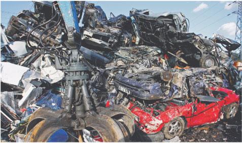 Motoryzacja uniknęła katastrofy m.in. dzięki akcji dotowanego złomowania starych samochodów Fot. Forum