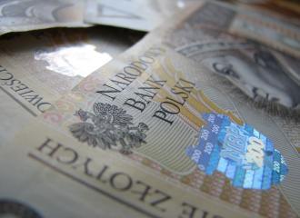 Złoty pozostawał stabilny wobec głównych walut we wtorek