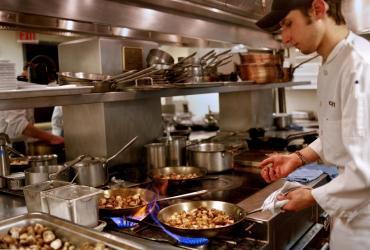 Spółki gastronomiczne odnotowały pogorszenie wyniku netto po III kwartale.