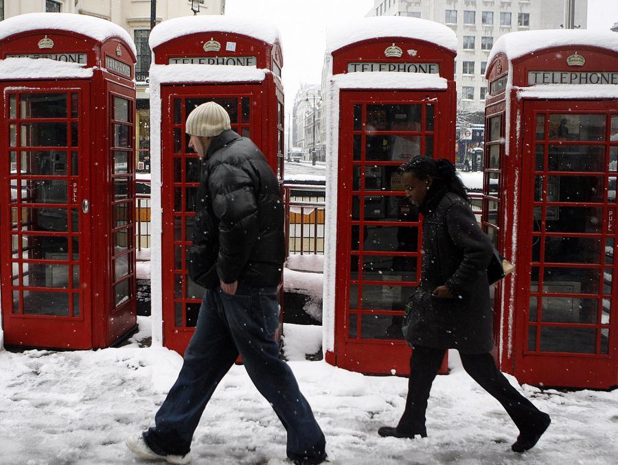 Brytyjczycy walczą z atakiem zimy