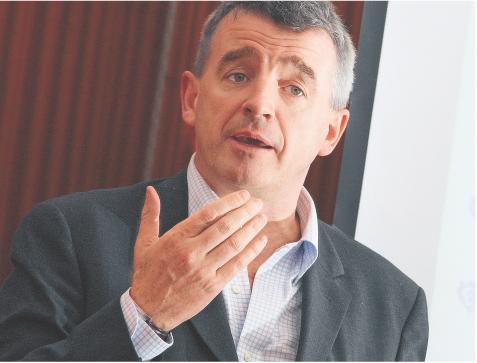 Po dwóch nieudanych próbach Michael O'Leary rezygnuje z przejęcia AeR Lingus Fot. Bloomberg