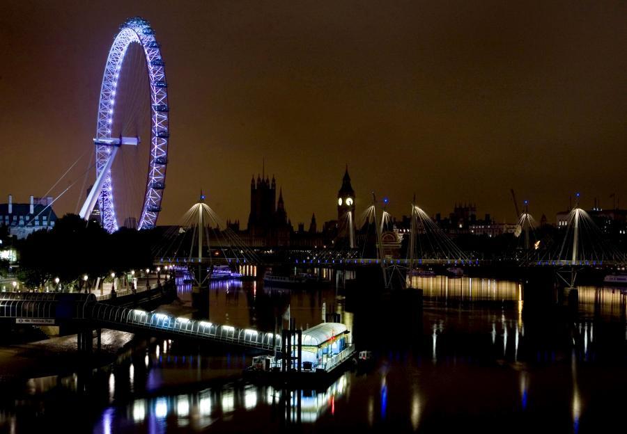 Płace w londyńskim City są nawet dwa razy wyższe niż rok temu