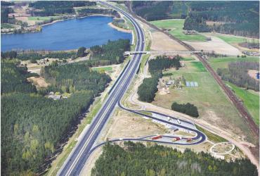 Autostrada A1 do Nowych Marz w woj. kujawsko-pomorskim oddana kierowcom do użytku w październiku 2008 r.