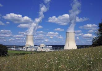 Światowe doświadczenie pokazuje, że jedna elektrownia to nie jest efektywne rozwiązanie. Moim zdaniem, program energetyki jądrowej powinien być oparty przynajmniej na dwóch elektrowniach - powiedział w czwartek na konferencji prasowej Echavarri z Nuclear Energy Agency (NEA)