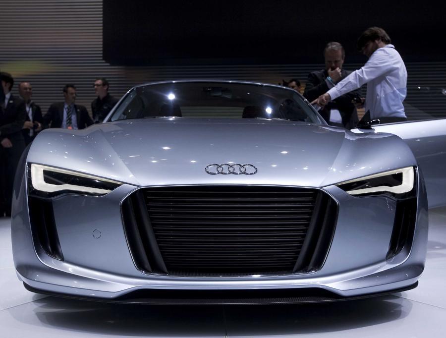 Audi e-Tron prezentowane podczas salonu motoryzacyjnego w Detroit