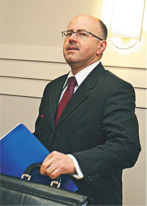 Andrzej Stopczyński: Komisja będzie pilnować, by władza w banku była sprawowana zgodnie z polskim prawem