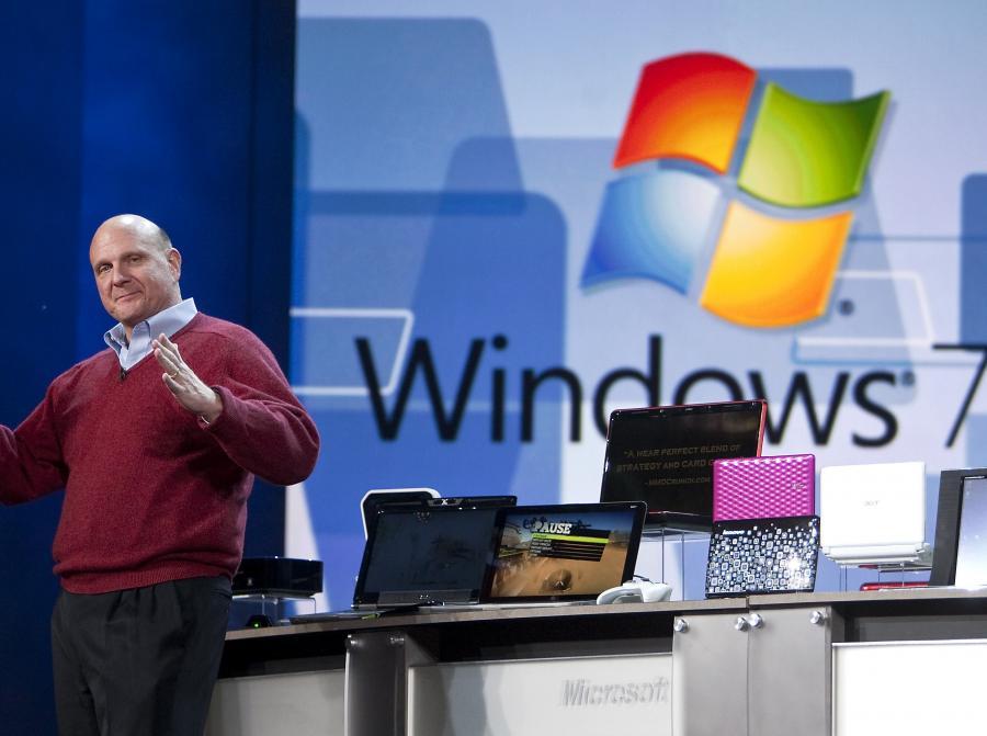 Steve Ballmer, prezes Microsoftu, zachwalał system Windows 7 na targach CES w Las Vegas