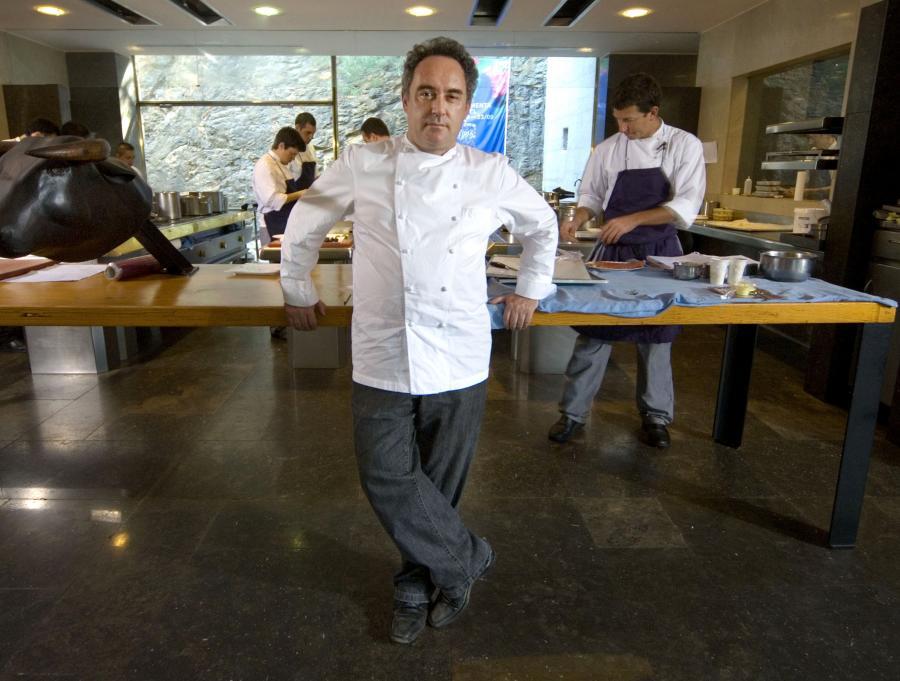 Ferran Adria, jeden z najbardziej znanych w świecie szefów kuchni w restauracji El Bulli