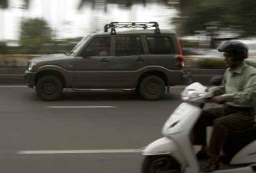 Samochód sportowo-użytkowy, SUV, produkcji indyjskiej firmy Mahindra.