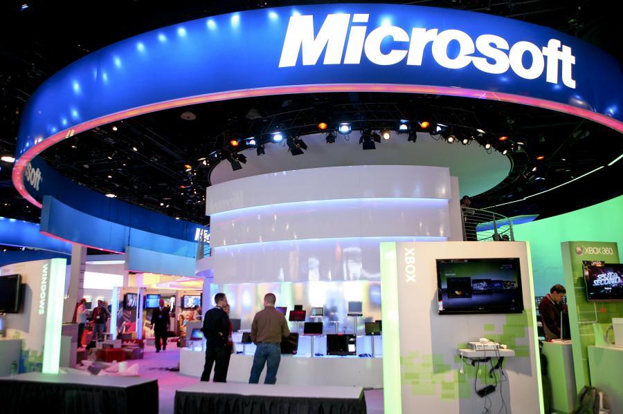 Amerykański gigant branży komputerowej Microsoft już od dłuższego czasu próbuje podbić rynek telefonów komórkowych