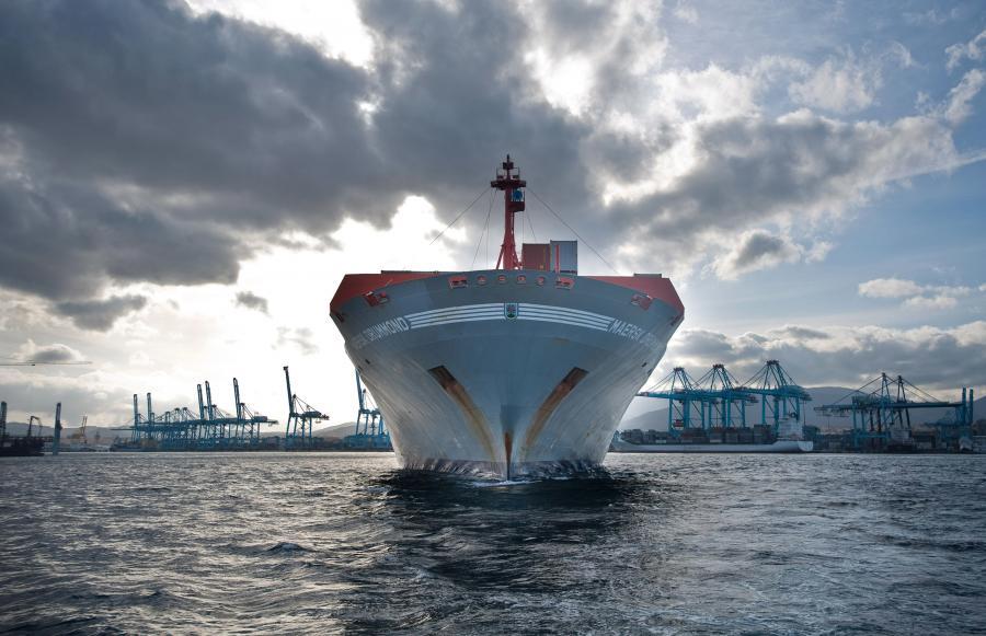 Firma, w Polsce znana jako sam Maersk, ostatnią stratę finansową zanotowała podczas II wojny światowej