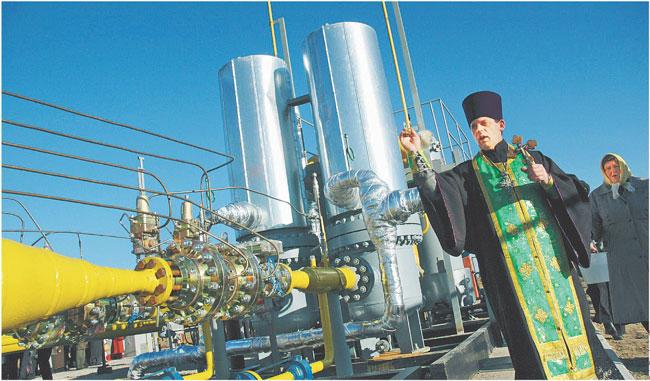 Kijów, promując konsorcjum gazowe, chce utrącić projekt gazociągu pod Morzem Czarnym omijającego Ukrainę