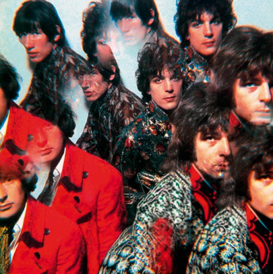 Członkowie grupy Pink Floyd na okładce albumu z 1967 roku