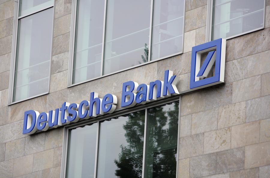 Deutsche Bank, największy, niemiecki bank, wydał w 2009 roku 2,2 miliarda euro na pracowników zajmujących się ryzykownymi inwestycjami