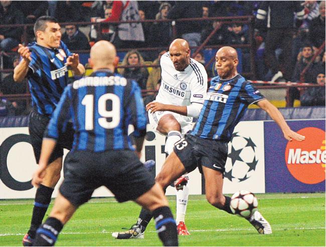 W pierwszym meczu Inter wygrał z Chelsea 2:1, ale teraz Włosi przeżywają kryzys Fot. AP