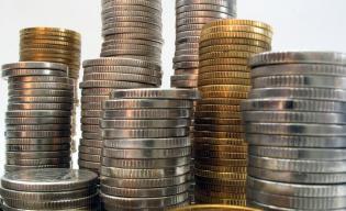 Przeciętne wynagrodzenie w grudniu wzrosło o 6,5 proc. i wyniosło 3652,40 zł