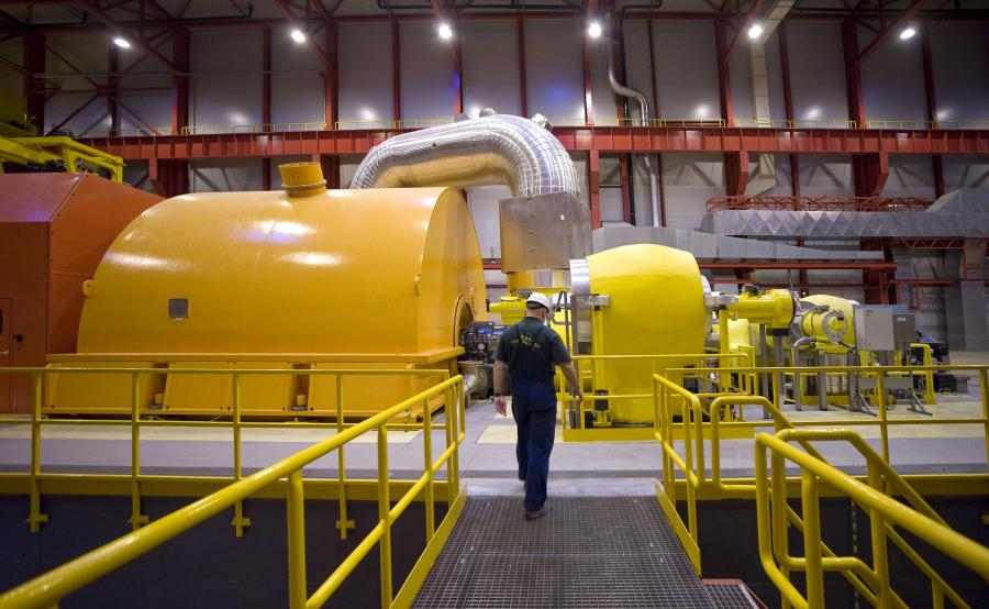 Turbina w Elektrowni Łagisza napędzanej węglem i biomasą, która należy do Grupy Tauron.
