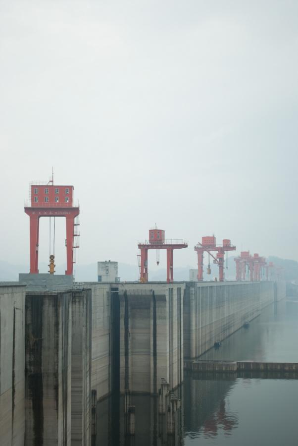 Tama Trzech Przełomów. Budowę olbrzymiej zapory na rzece Jangcy zakończono 20 maja 2006 r. źródło: flickr, autor: alshain49, kod licencji: CC Attribution-Share Alike 2.0 Generic
