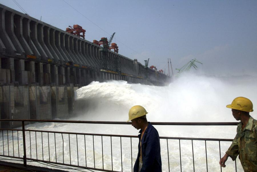 Budowa Tamy Trzech Przełomów w Chinach