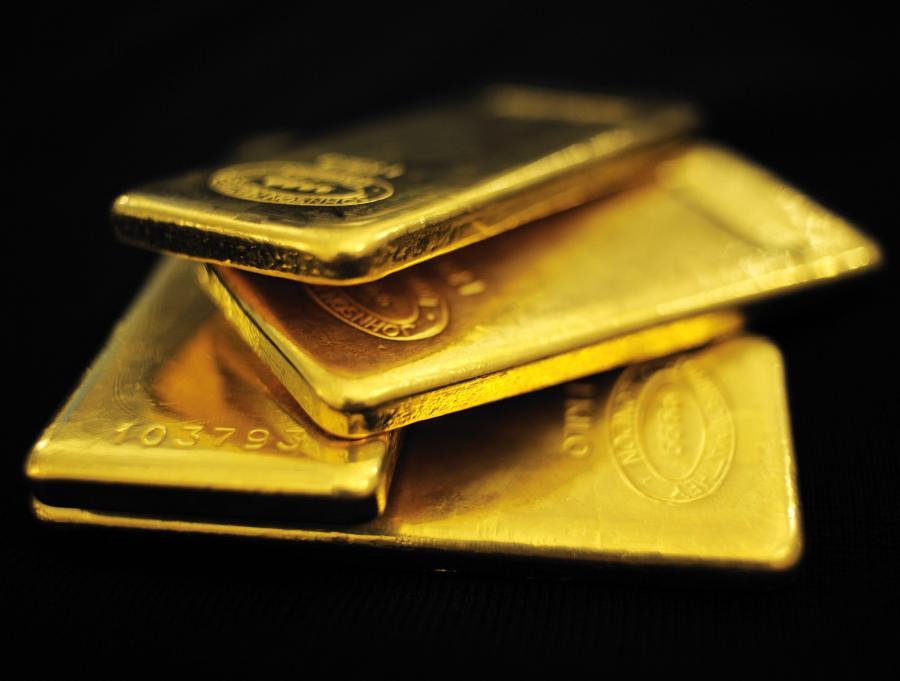 Do 2000 dolarów za uncje zdrożeje złoto do 2012 – przewidują analitycy Domu Maklerskiego Investors SA. W ubiegłym roku przewidzieli oni wzrost ceny do poziomu 1400 dolarów za uncję.
