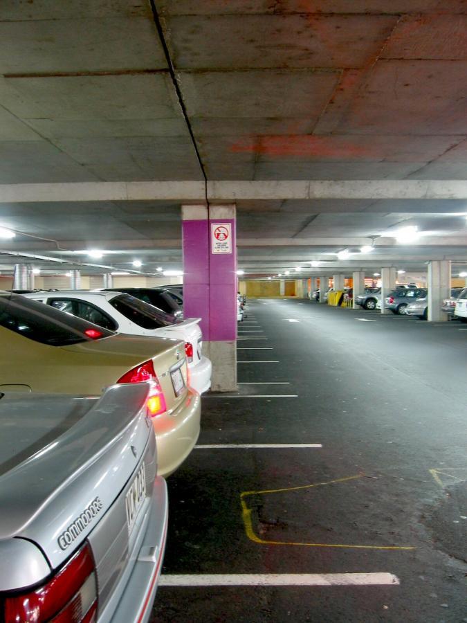 Pierwsze inwestycje w ramach PPP w Warszawie będą dotyczyć parkingów podziemnych.