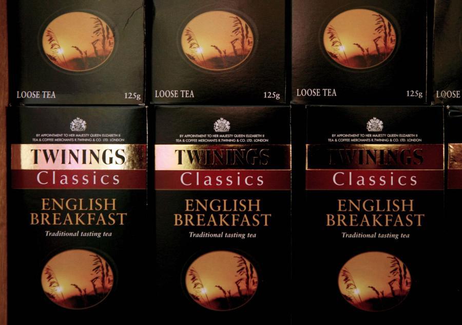Brytyjski europoseł laburzystowski Stephen Hughes sądzi, że producent herbaty Twinings, który zamyka zakłady produkcyjne w płn. Anglii i otwiera nowe w Swarzędzu w Polsce, nie powinien otrzymywać dotacji inwestycyjnych od polskiego rządu.