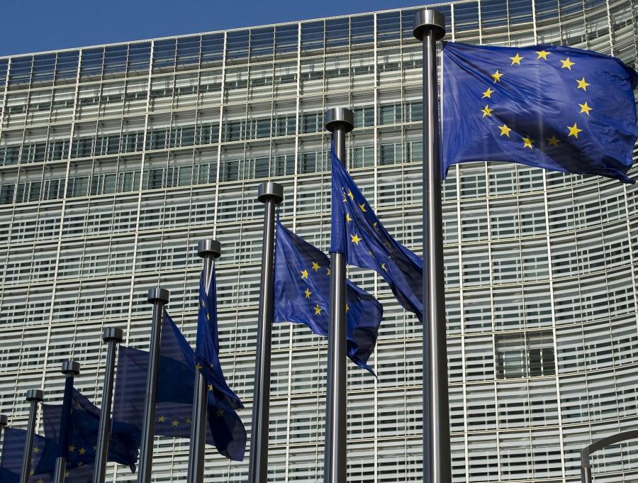 Google, Facebook oraz inne internetowe firmy będą musiały zmierzyć się z bardziej restrykcyjną polityką ochrony prywatności w Unii Europejskiej - wynika z dokumentu, który jutro opublikuje Komisja Europejska. Na zdjęciu: Komisja Europejska, Berlaymont