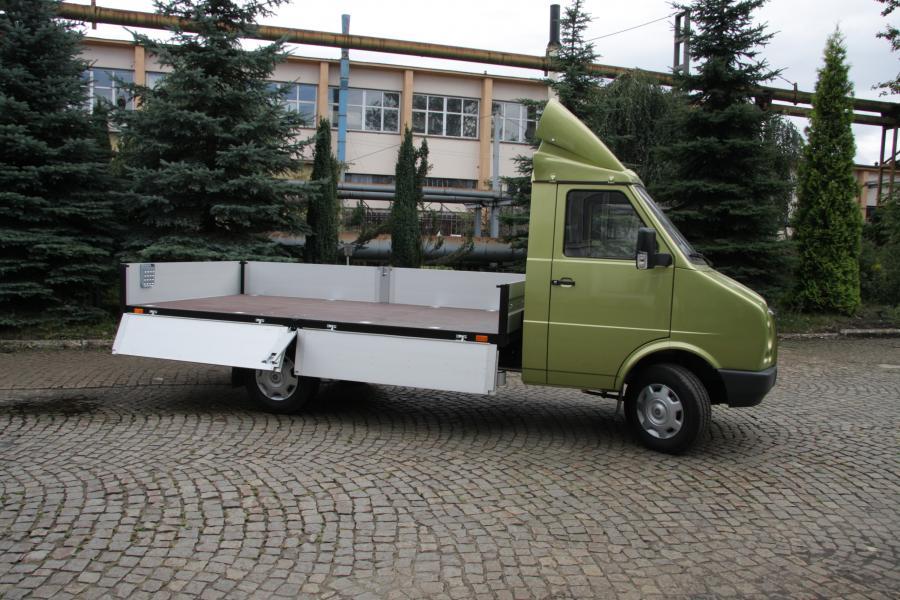 Pasagon truck widok z boku (1). fot. materiały prasowe producenta DZT Tymińscy