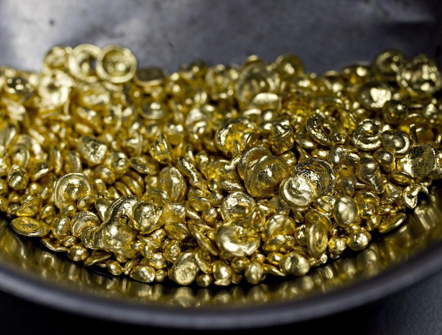 Półtorej tony – tyle złota inwestycyjnego kupią Polacy w tym roku. Od 12 miesięcy cena tego kruszca niemal nieprzerwanie rośnie. Szacunki podała Mennica Polska, największa w kraju spółka działająca na tym rynku.