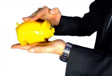 Banki proponują swoim klientom kilka bezpiecznych metod pomnażania swoich oszczędności. Dwie najpopularniejsze to konta oszczędnościowe i lokaty.  źródło: sxc.hu, autor:osito-pl
