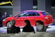 Peugeot, Citroen i Opel stosują się do sankcji USA. PSA zaczyna zawieszać działalność w Iranie