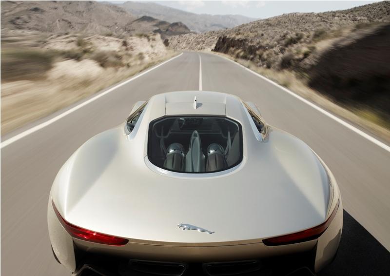 Jaguar C-X75 DRIVE CONCEPT z tyłu